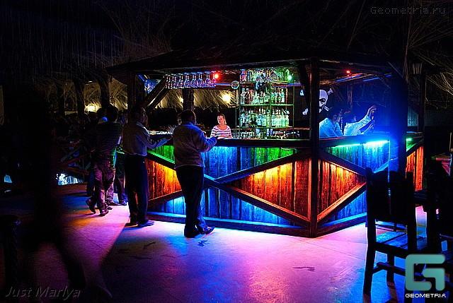 Ночные клубы в каменск шахтинске вакансии бармен ночного клуба москва